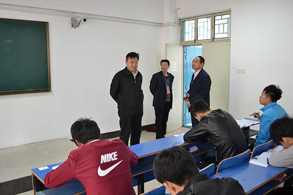 濮阳职业技术学院2016年单独招生考试顺利举行